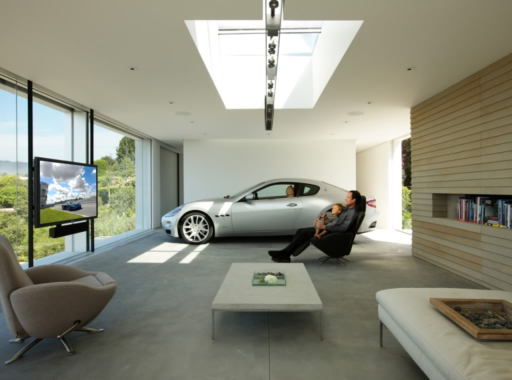 Now that 39 s what i call a beautiful car garage part 6 for How big is a one car garage