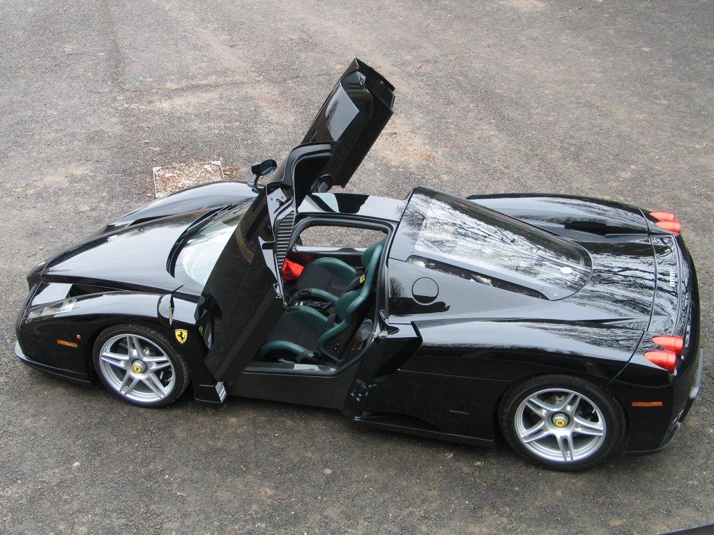 ferrari enzo lamborghini miura sv - Ferrari Enzo 2010