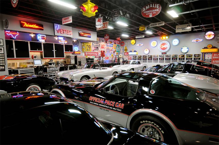 Now that 39 s what i call a beautiful car garage part 11 for American classics garage