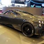 Pagani_Huayra_Carbon_Edition_rear_side_view