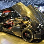 Pagani_Huayra_Carbon_Edition_rear_side_view_open
