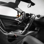12_McLarenP1_interior