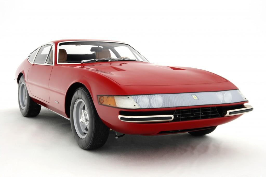 Ferrari-365GTB4-Daytona