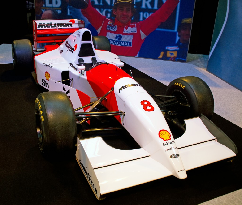 McLaren_MP4-8_front-right_2012_Autosport_International