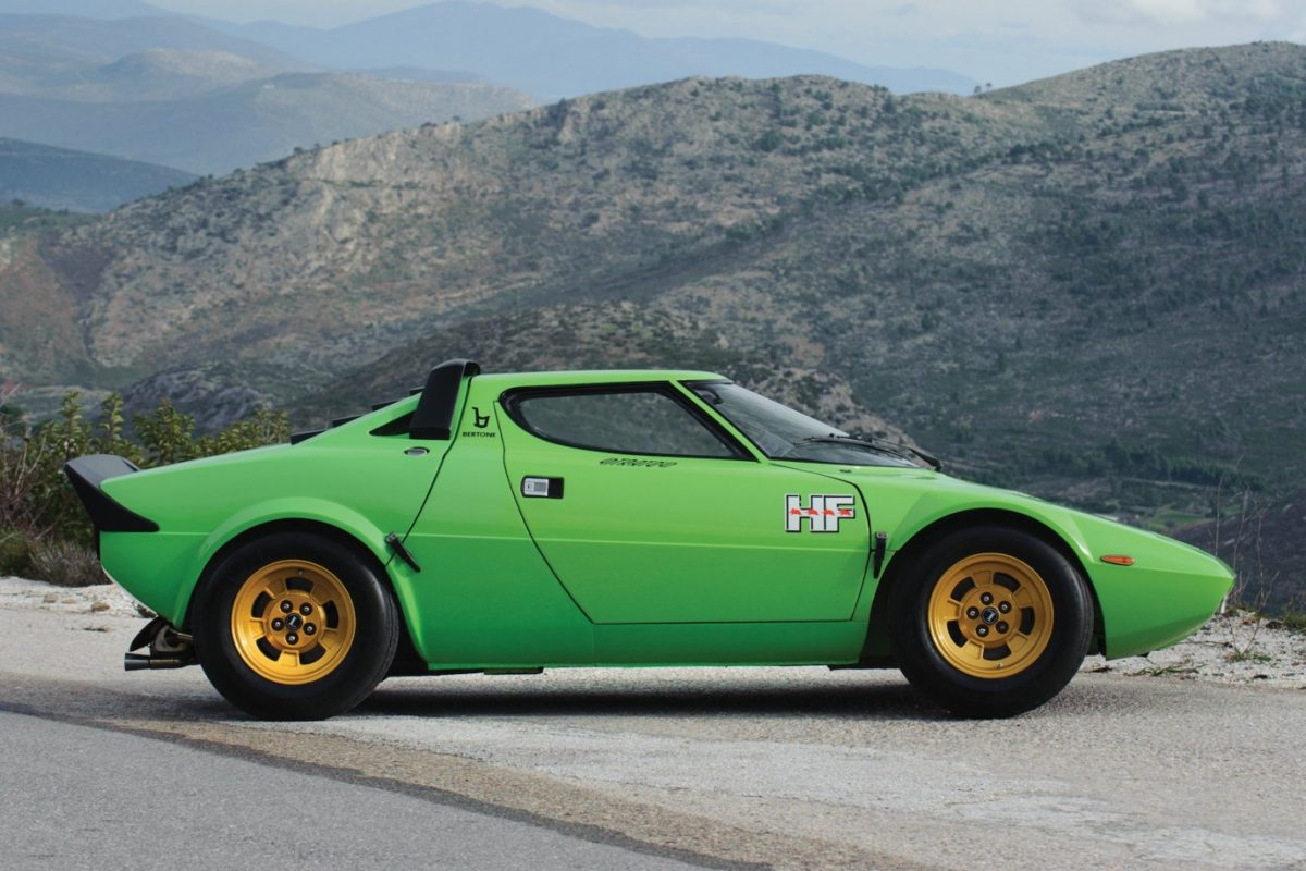 the top 10 most beautiful lancia cars ever my car heaven. Black Bedroom Furniture Sets. Home Design Ideas
